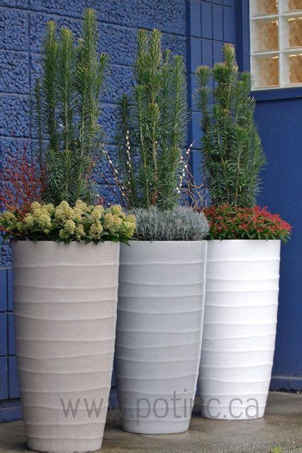 Modern Outdoor Planters by Image From Http St Houzz Simgs 160121ae0f061804 4