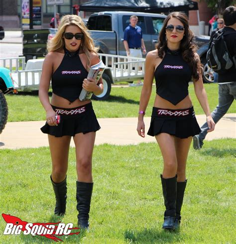 pretty ladies   stadium super truck series big