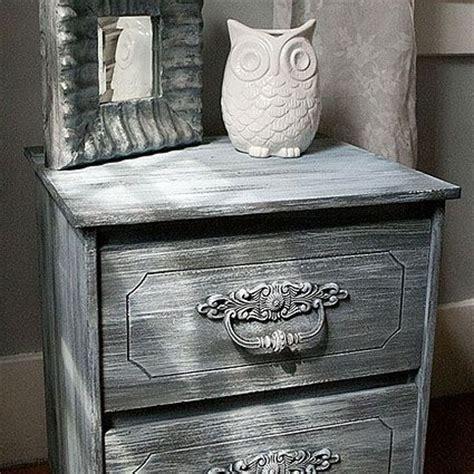 weathered nightstand using americana decor chalky finish