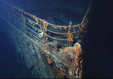 what year did the titanic sink stern rake studio centennial sinking