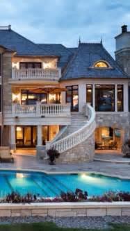 Beautiful Luxury Home with Pool