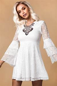 Bohemiska vita klänningar