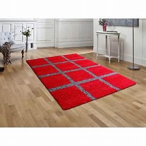 tapis shaggy deco damier rouge gris 120 x 160 cm achat With tapis rouge tapis gris