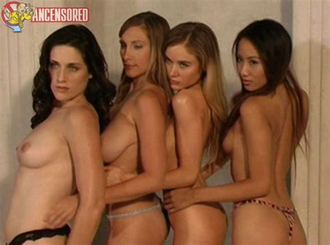 Danielle Petty Naked Top Porn Photos