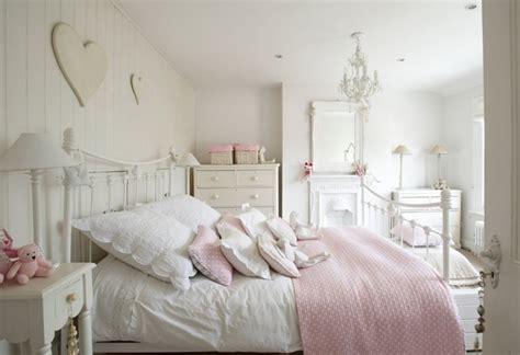 shabby chic schlafzimmer wollen sie mehr romantik und gem 252 tlichkeit