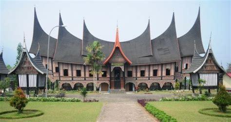 rumah adat di indonesia lengkap beserta gambar