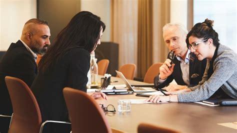 Activities Corporate Lawyers Do - IMC Grupo