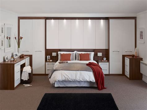 Bedroom Bridging Cabinets by 22 Fitted Bedroom Wardrobes Design To Create A Wow Moment