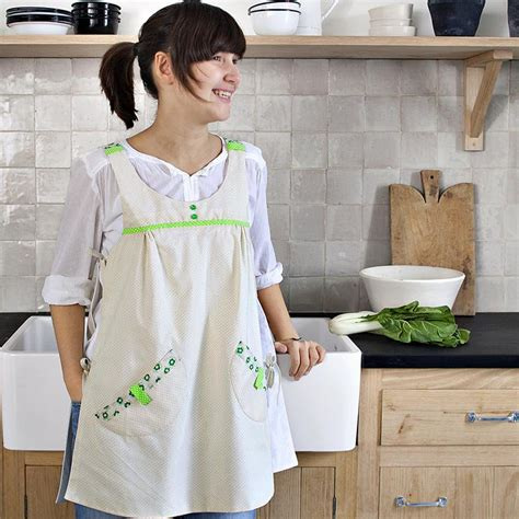 fabriquer un tablier de cuisine un tablier de cuisine au style r 233 tro
