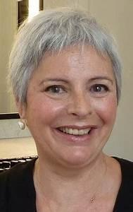 Coupe Courte Femme Cheveux Gris : coiffure 50 ans cheveux gris ~ Melissatoandfro.com Idées de Décoration