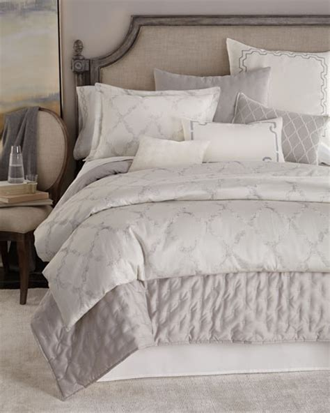 vera wang fretwork bedding