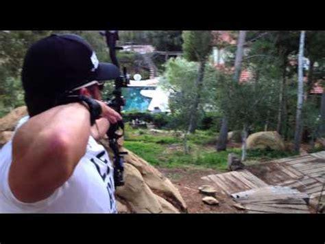 Cameron Hanes shooting over Joe Rogan's pool : JoeRogan