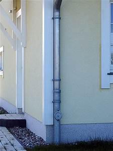 Dachrinne Ablaufrohr Montieren : dachrinne fallrohr ~ Whattoseeinmadrid.com Haus und Dekorationen