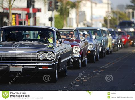 Friday Night Car Cruise @ Downtown Duncan