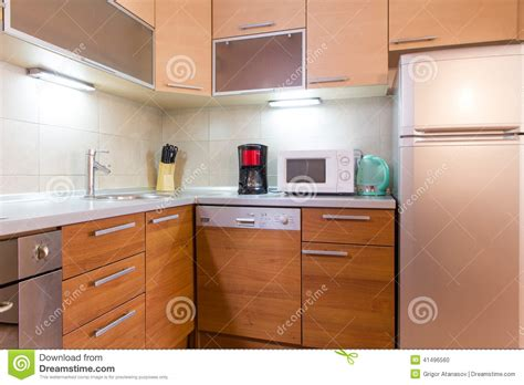 petites cuisines modernes photo stock small modern kitchen image 41496560