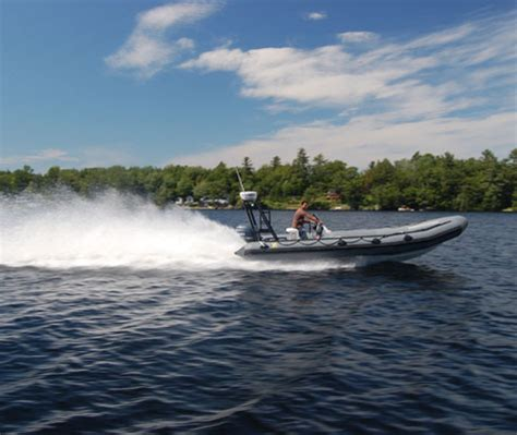 Boat Launch Kingston Ontario by Thousand Islands Scuba Diving Tours Rockport Brockville