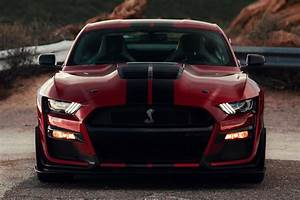 2021 Mustang Gets New Colors And GT500 Carbon Fiber Handling Pack | CarBuzz