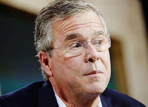 Jeb Memes - donald trump at gop debate says jeb bush threatened to moon people uinterview