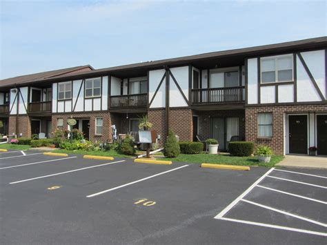2 Bedroom Apartments In Bethlehem Pa by Slatepost Village Rentals Bethlehem Pa Apartments Com