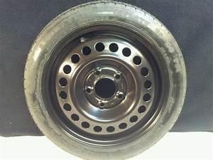 2000 Pontiac Grand Prix Oem Spare Tire    Donut   Emergency