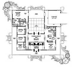 Stunning Images Foursquare Floor Plans by Beautiful Modern Square House Plans Three Bedroom Side