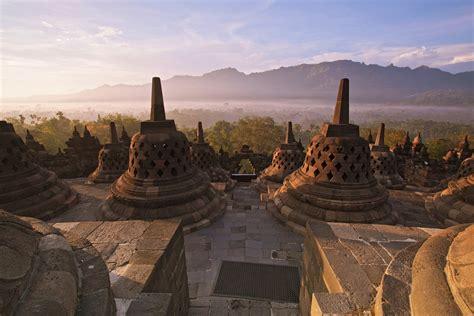 yogyakarta travel java indonesia lonely planet
