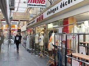 Le Sentier Paris : passage du caire shopping sentier paris ~ Melissatoandfro.com Idées de Décoration