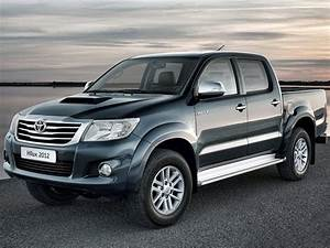 2012 TOYOTA Hilux Car Insurance Information