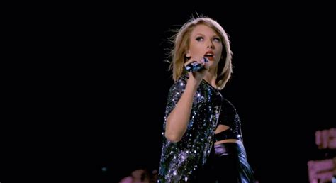 Taylor Swift to stream tour movie exclusively on Apple ...
