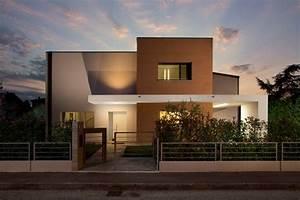 Little Modern House - Modern - Exterior - Bologna