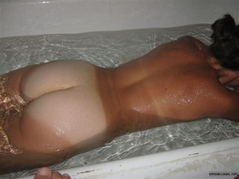 Naked Milfs Ass Tan Lines Porno Chaude