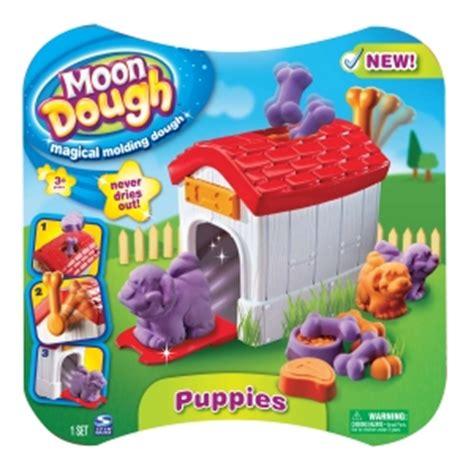 nouvelle pate a modeler top parents fr la nouvelle p 226 te 224 modeler moon dough jouets cr 233 atifs et 233 ducatifs jouets