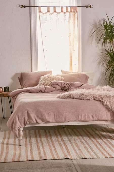 Bedspreads + Duvet Covers  Urban Outfitters