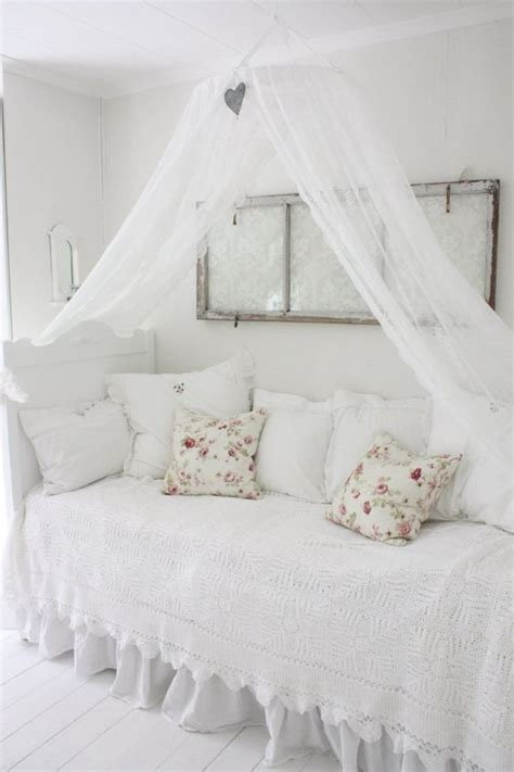 shabby chic canopy bed day bed shabby chic and bed with canopy on pinterest