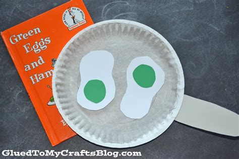 paper plate dr seuss green eggs kid craft glued to my 319 | green eggs kid craft 2 1024x683