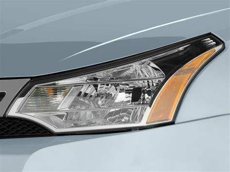 image 2010 ford focus 4 door sedan s headlight size