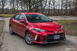 2017 Toyota Corolla SE Review | DoubleClutch.ca