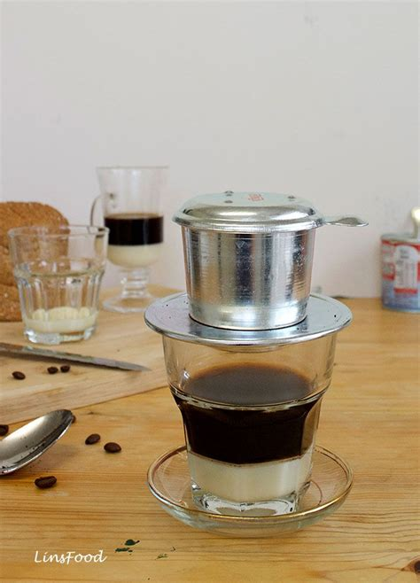 The cap is necessary to keep the pure coffee taste inside the filter and it makes sure that the flavour is just as intense as it can be. How to make Vietnamese Coffee (Ca Phe Sua)   Resep   Resep minuman, Resep, dan Minuman