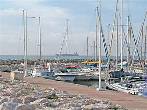 Mediaco Fos Sur Mer : banque d 39 images ~ Premium-room.com Idées de Décoration