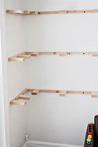 Building Corner Shelf - WoodWorking Projects & Plans