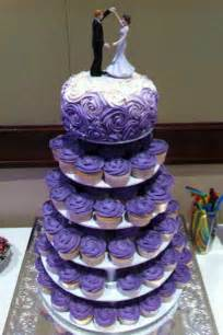 wedding cake and cupcakes 25 best ideas about cupcake tier on cupcake stands cupcake table displays and