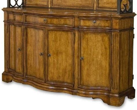 Provenance Buffet In Distressed Brown