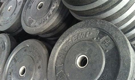 bumper plates review selecting bumpers   garage gym