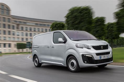 Peugeot Expert Van 2016 Pictures Auto Express