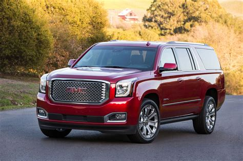 GMC Car : 2016 Gmc Yukon, Denali Get Minor Updates Photo & Image Gallery