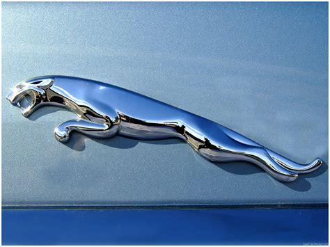 Shape of the jaguar logo: Le logo Jaguar | Les marques de voitures