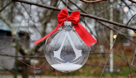 looking for awesome video game ornaments for christmas