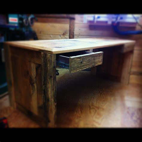 travail en bureau table sur mesure bois et acier jérôme lavoie ébéniste
