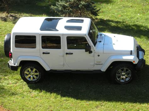 jeep wrangler unlimited sport top off white jeep wrangler jk hard top glass inserts sunroofs