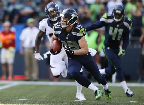 seahawks  sign bryan walters add   practice squad